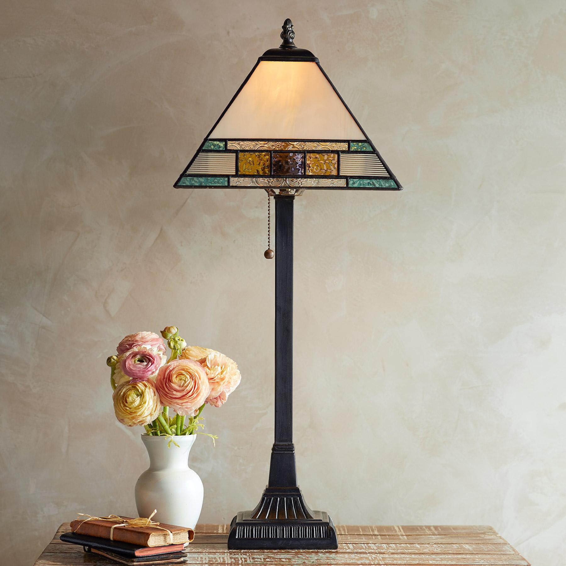 WILLOW CREEK TABLE LAMP: View 1