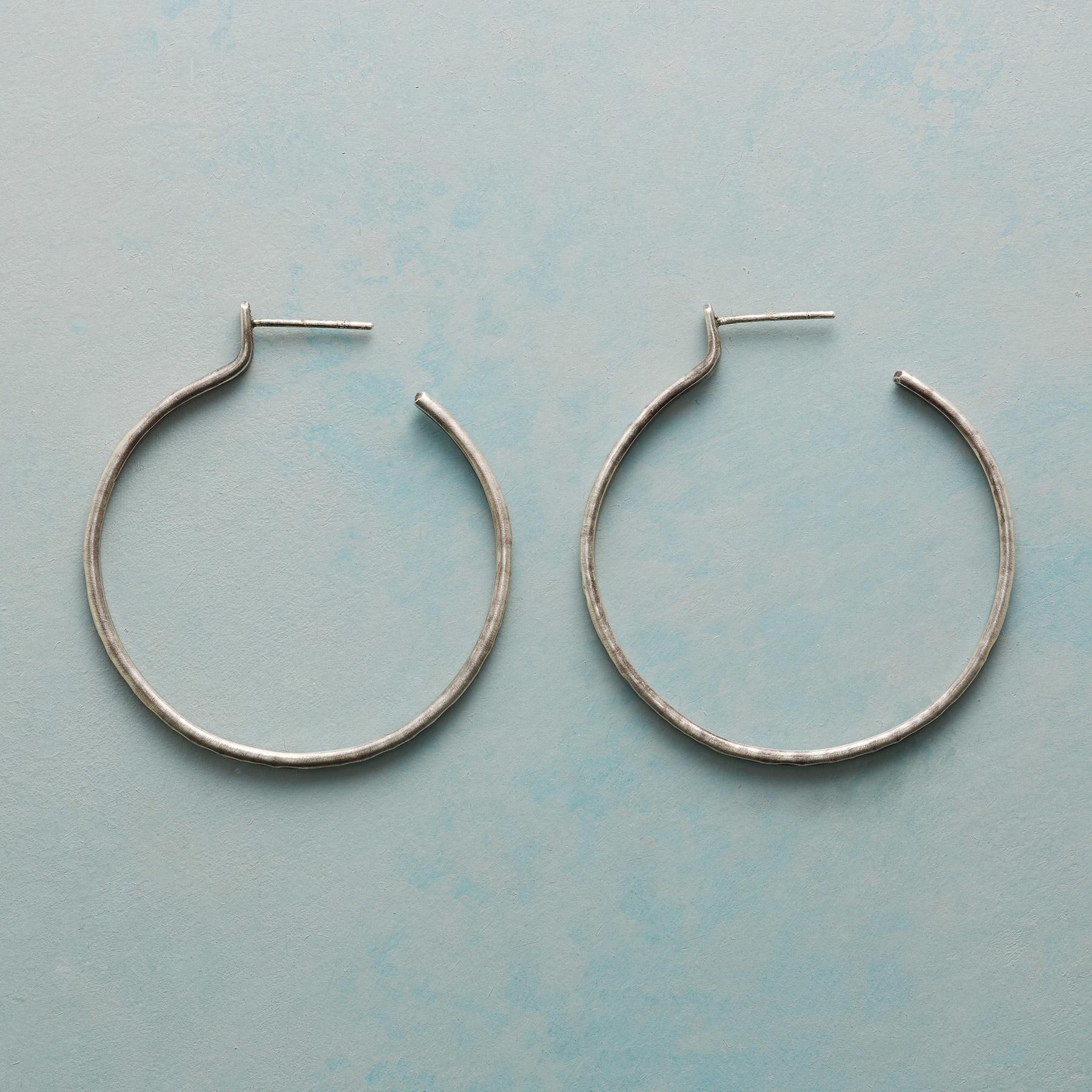 RUSTICO STERLING HOOP EARRINGS: View 1