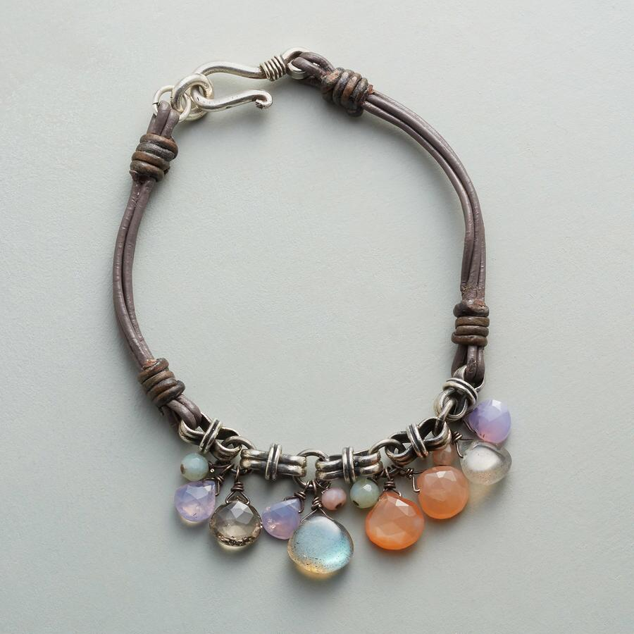 BRIDGE OF BEAUTIES BRACELET