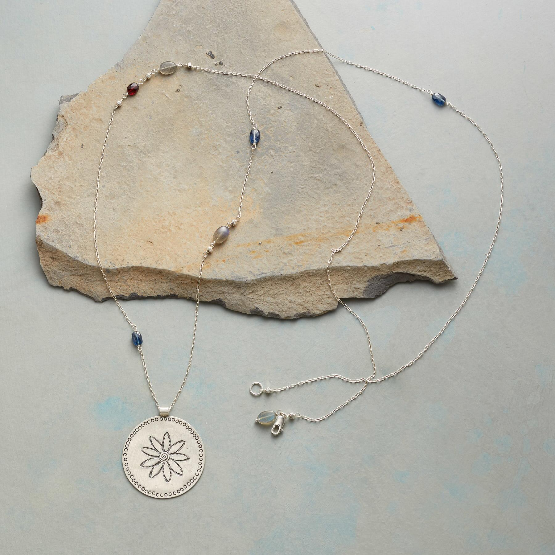 COUNTRY GARDEN NECKLACE: View 2