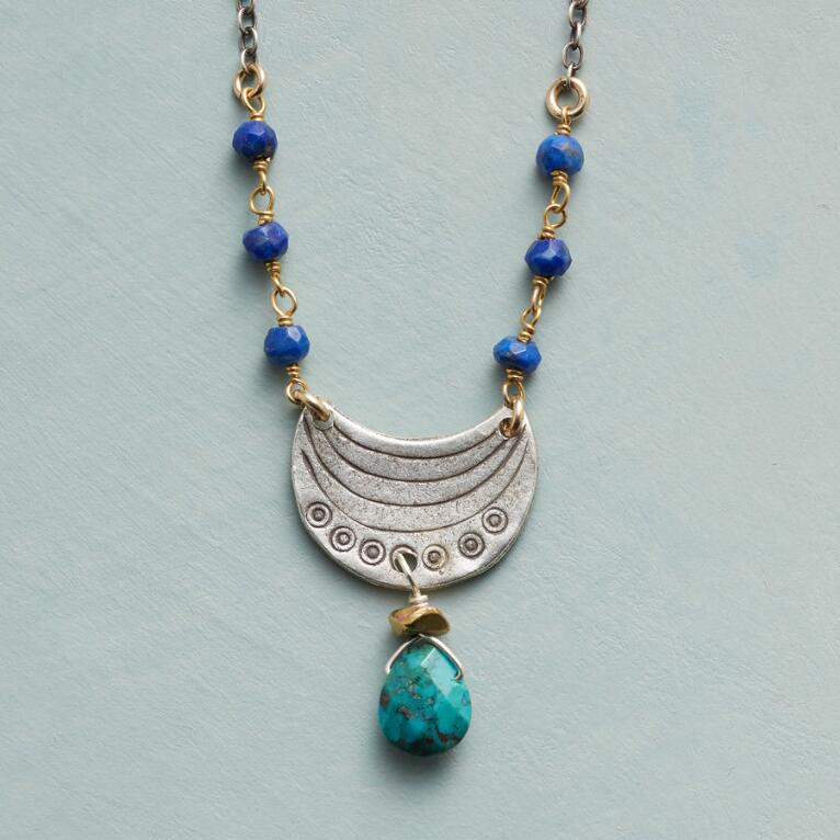 DREAM BOAT NECKLACE