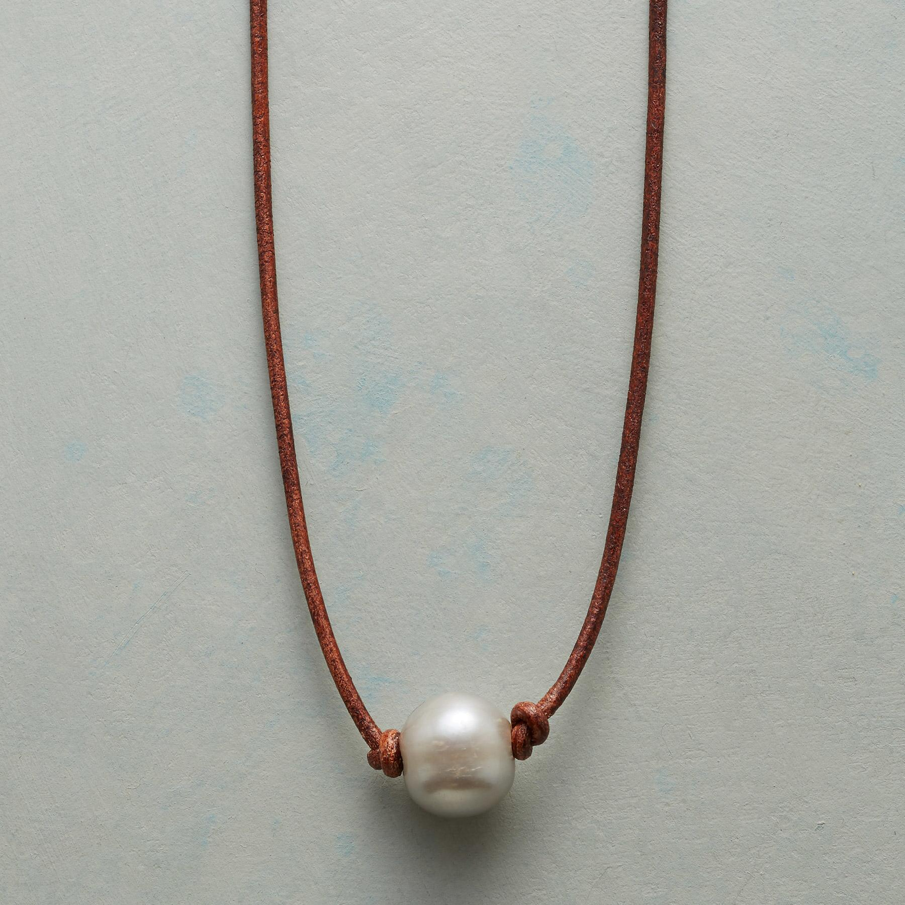 SIMPLE GRACE NECKLACE: View 1