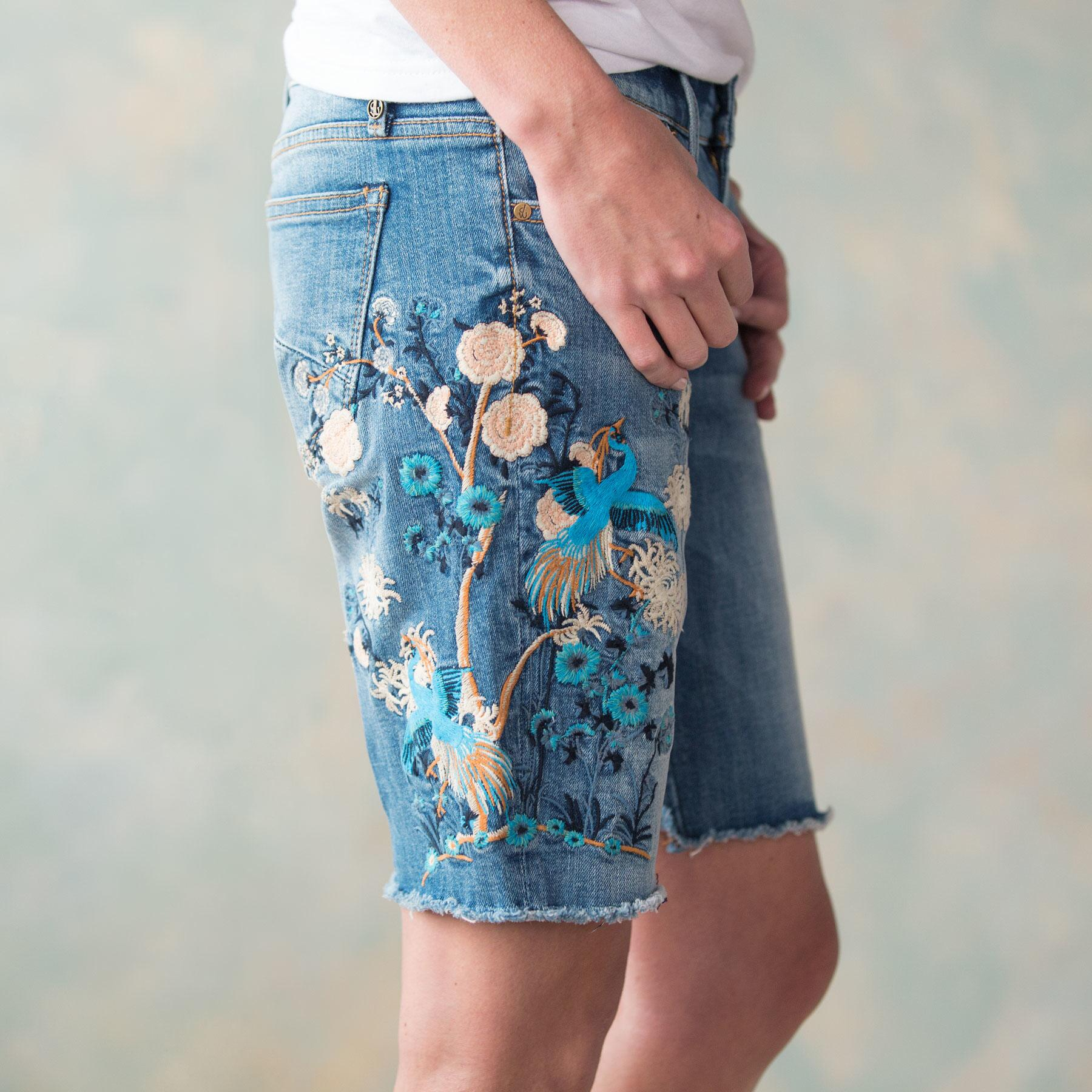 BERMUDA EMBROIDERED SHORTS BY DRIFTWOOD: View 4
