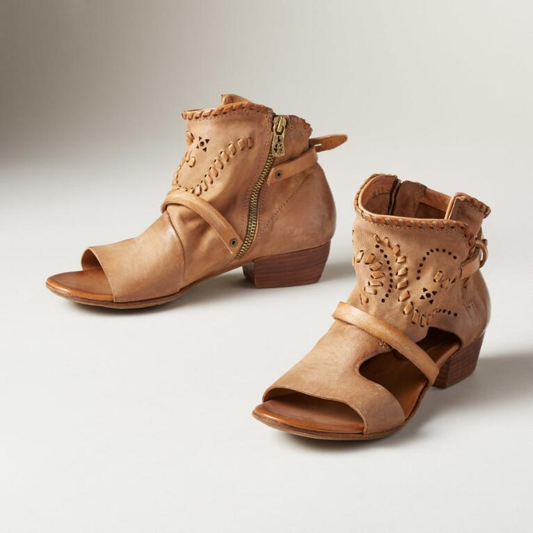 CICELY SANDALS