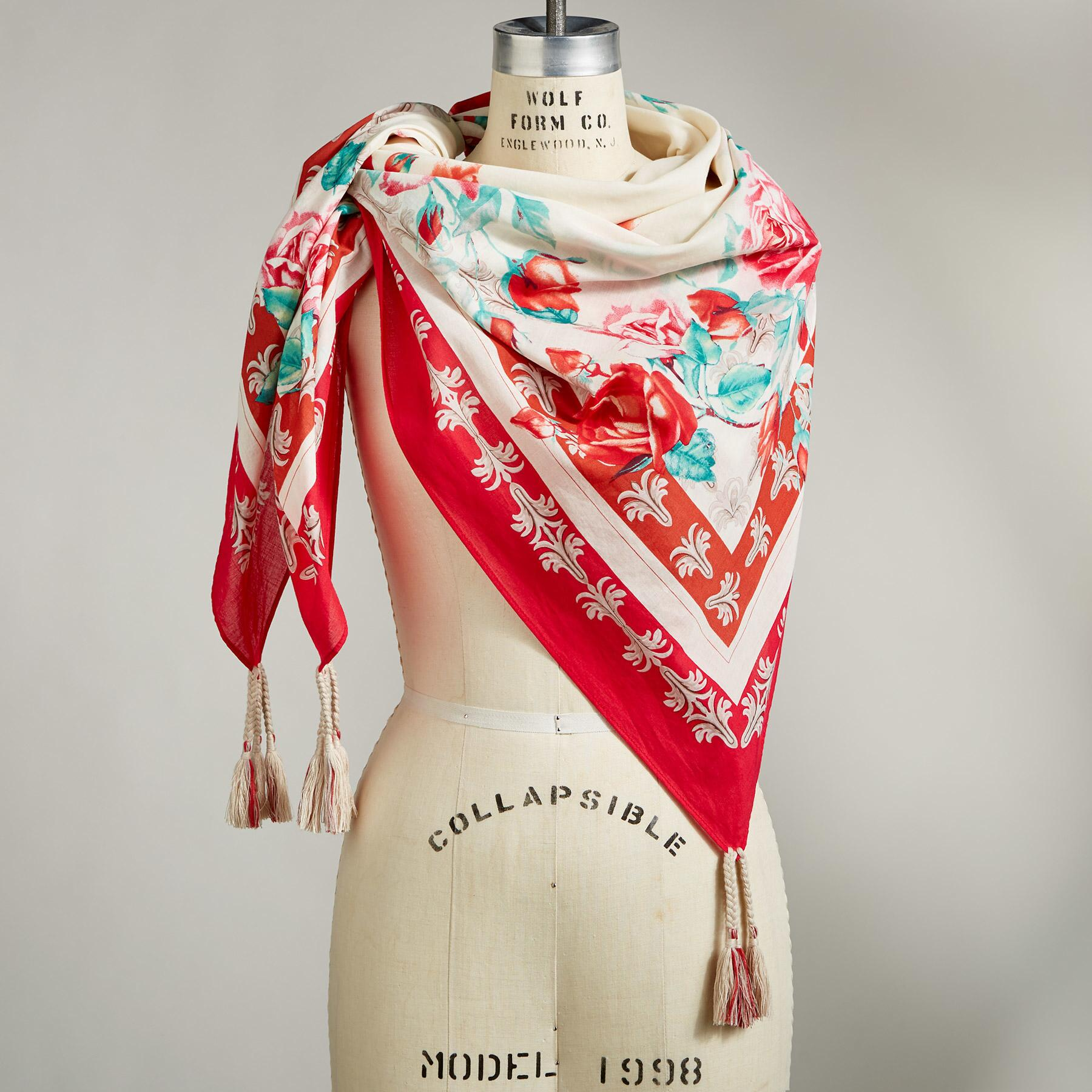 ROSE OF CAMELOT SCARF: View 1