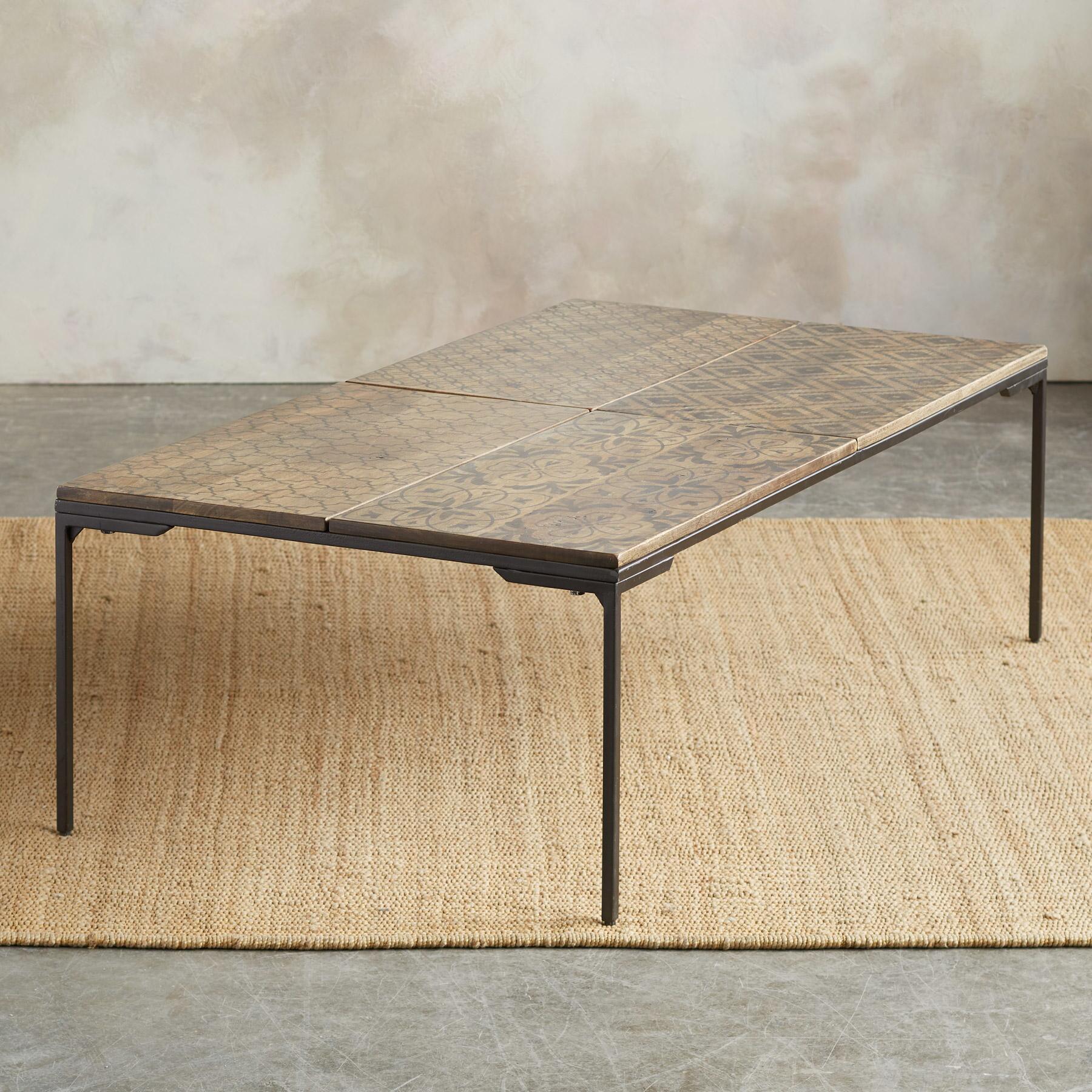WORLD PRINT COFFEE TABLE: View 2