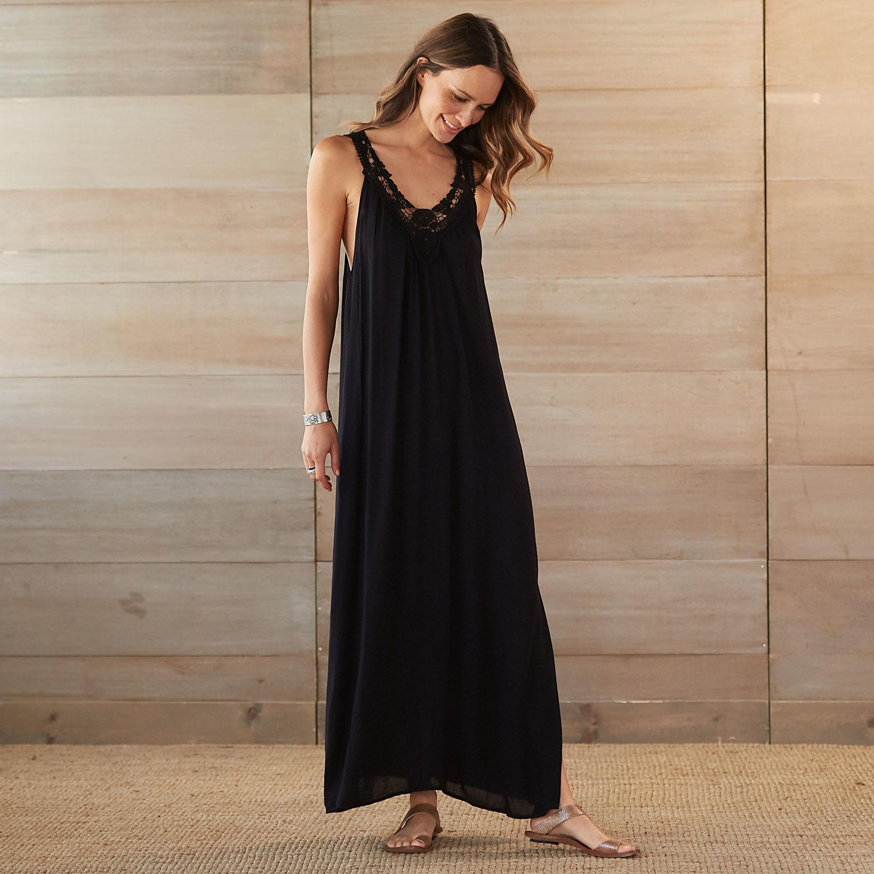 SENARA DRESS: View 1