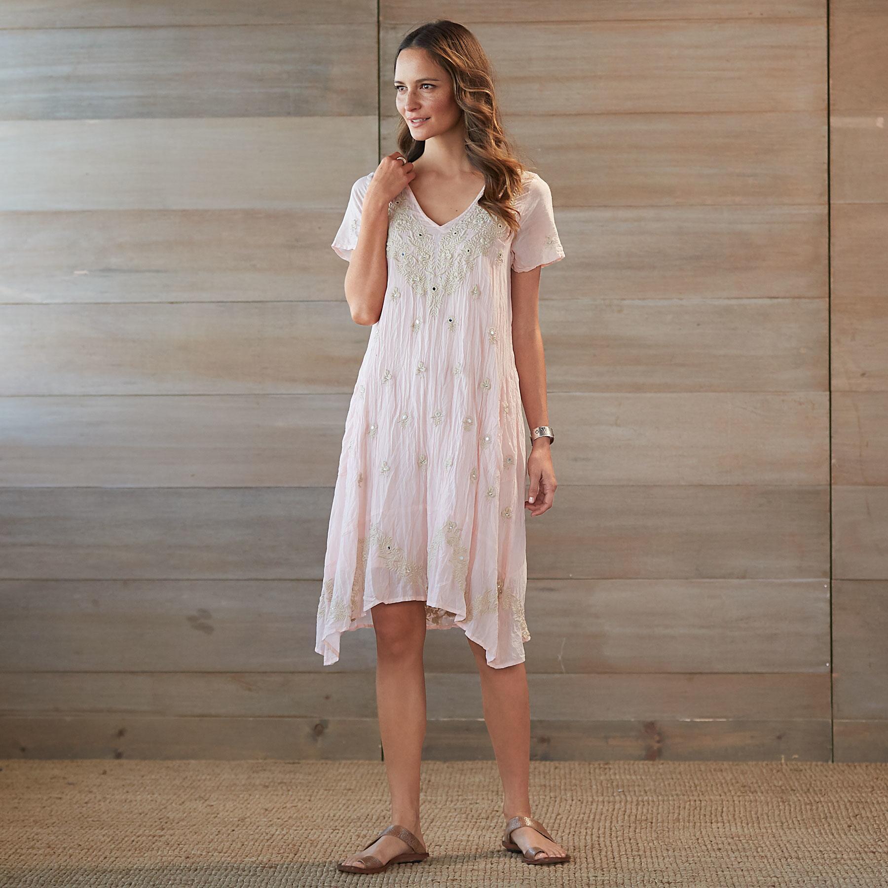 ROMANTIC SOUL DRESS: View 1