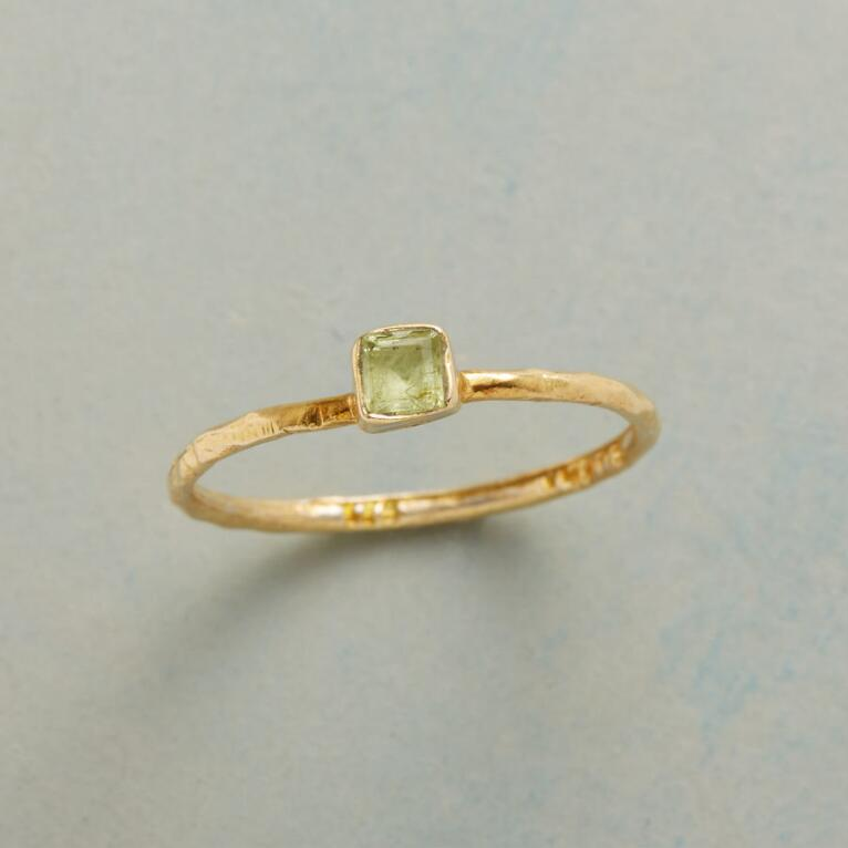 PERIDOT PATCH RING