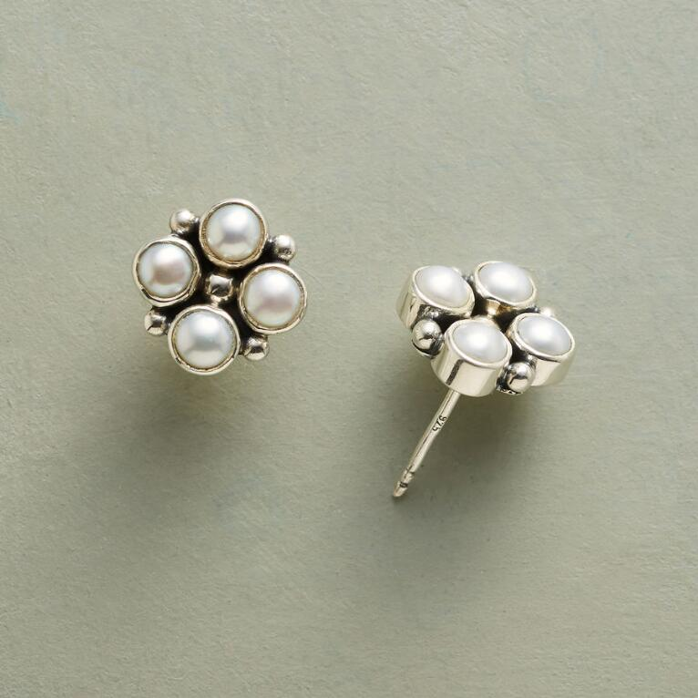 FOUR PEARLS EARRINGS