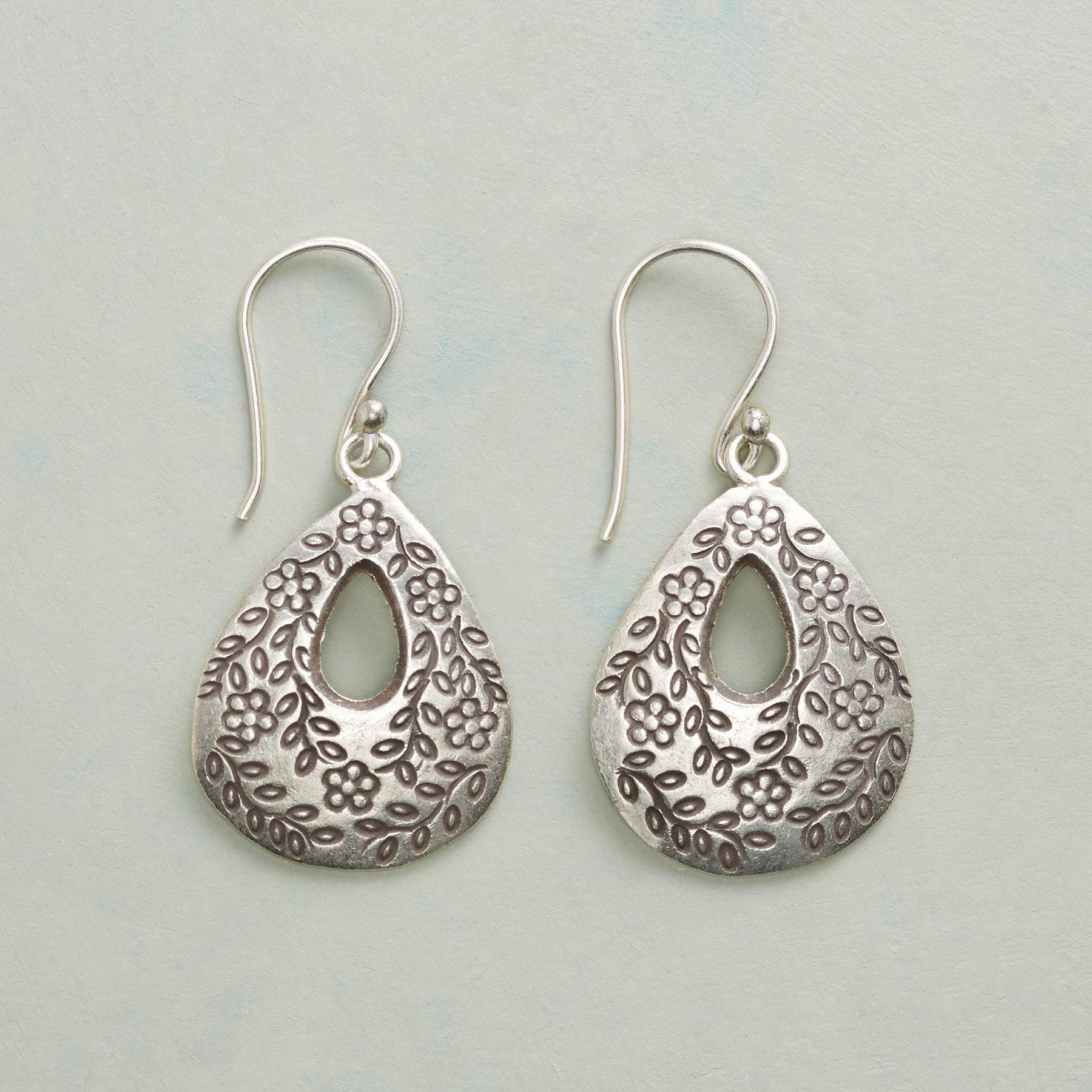 FLOWERING VINE EARRINGS: View 1