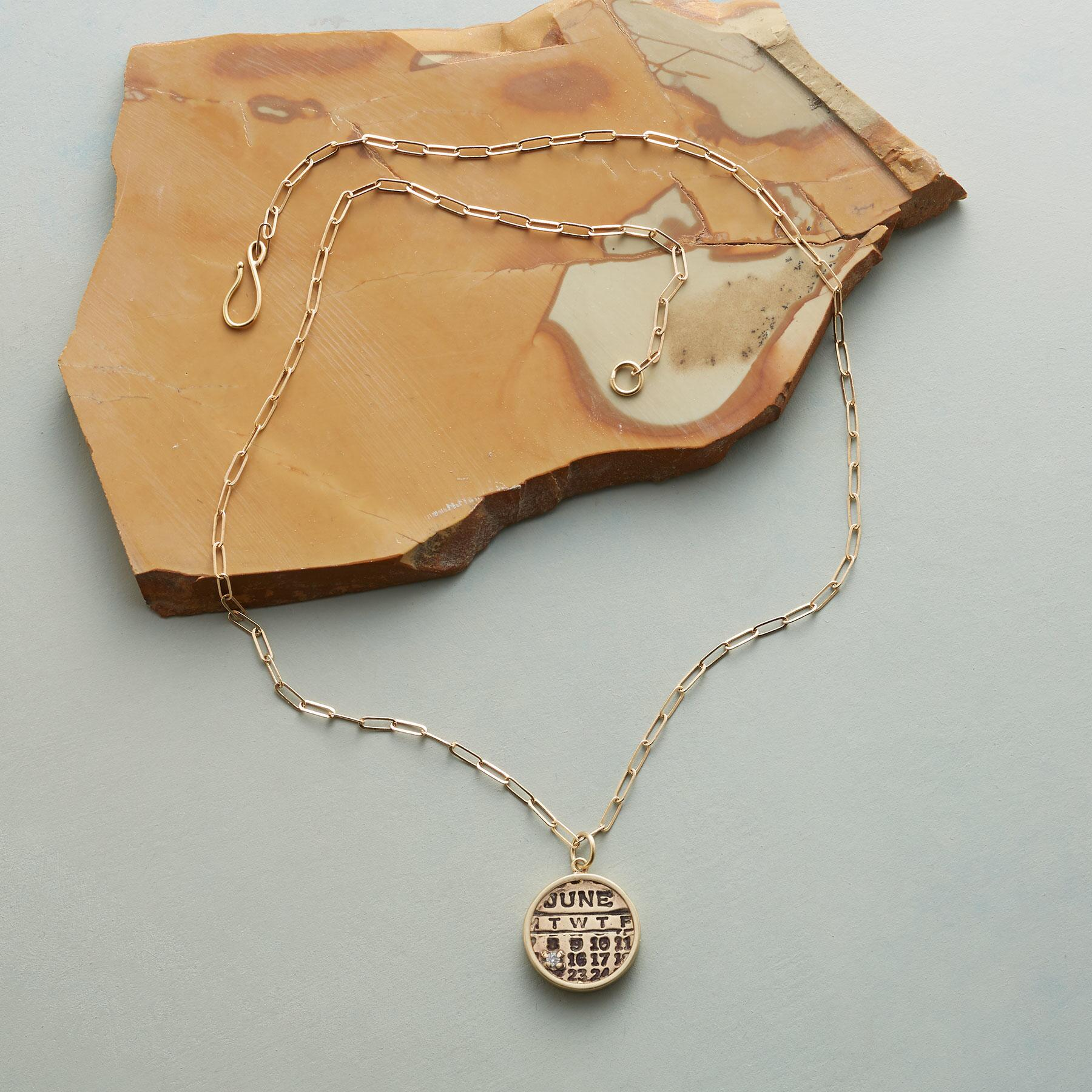 BIRTHDAY ZODIAC NECKLACE: View 2