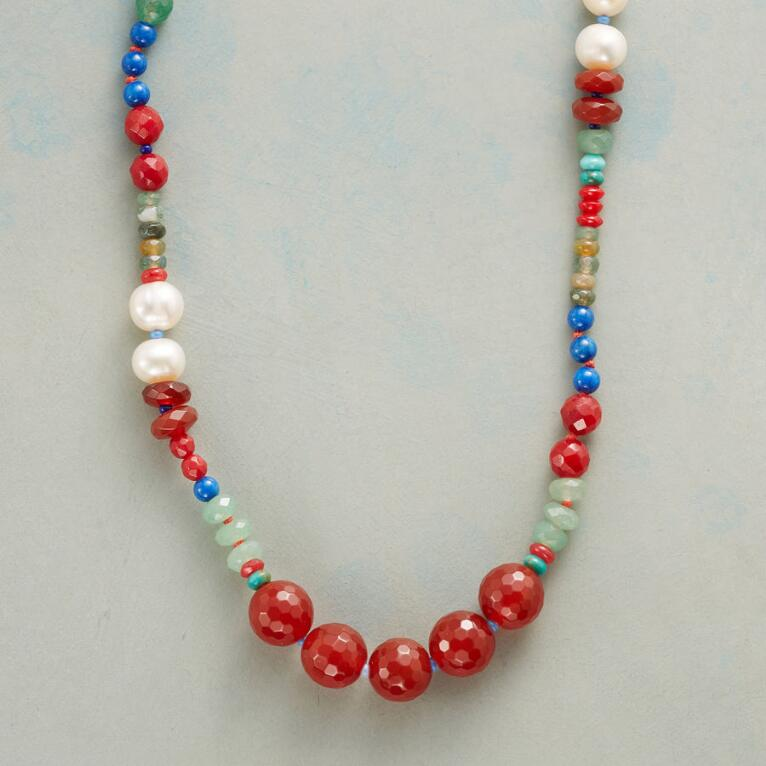 PEARL GUIDELIGHT NECKLACE