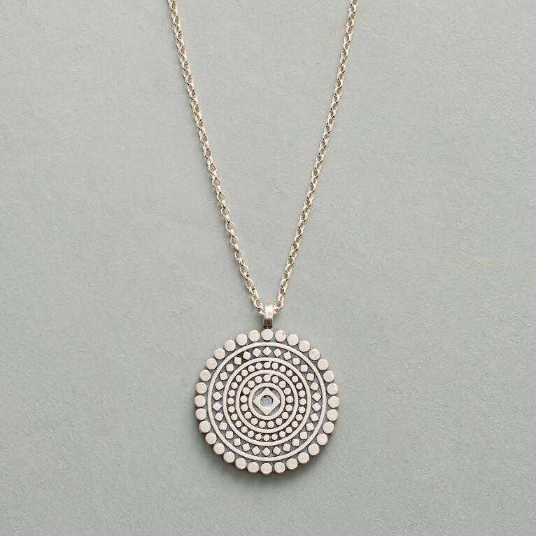 MINDFUL MANDALA NECKLACE