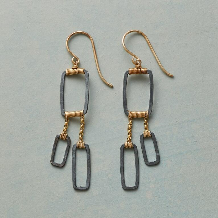 GEO TRIO EARRINGS