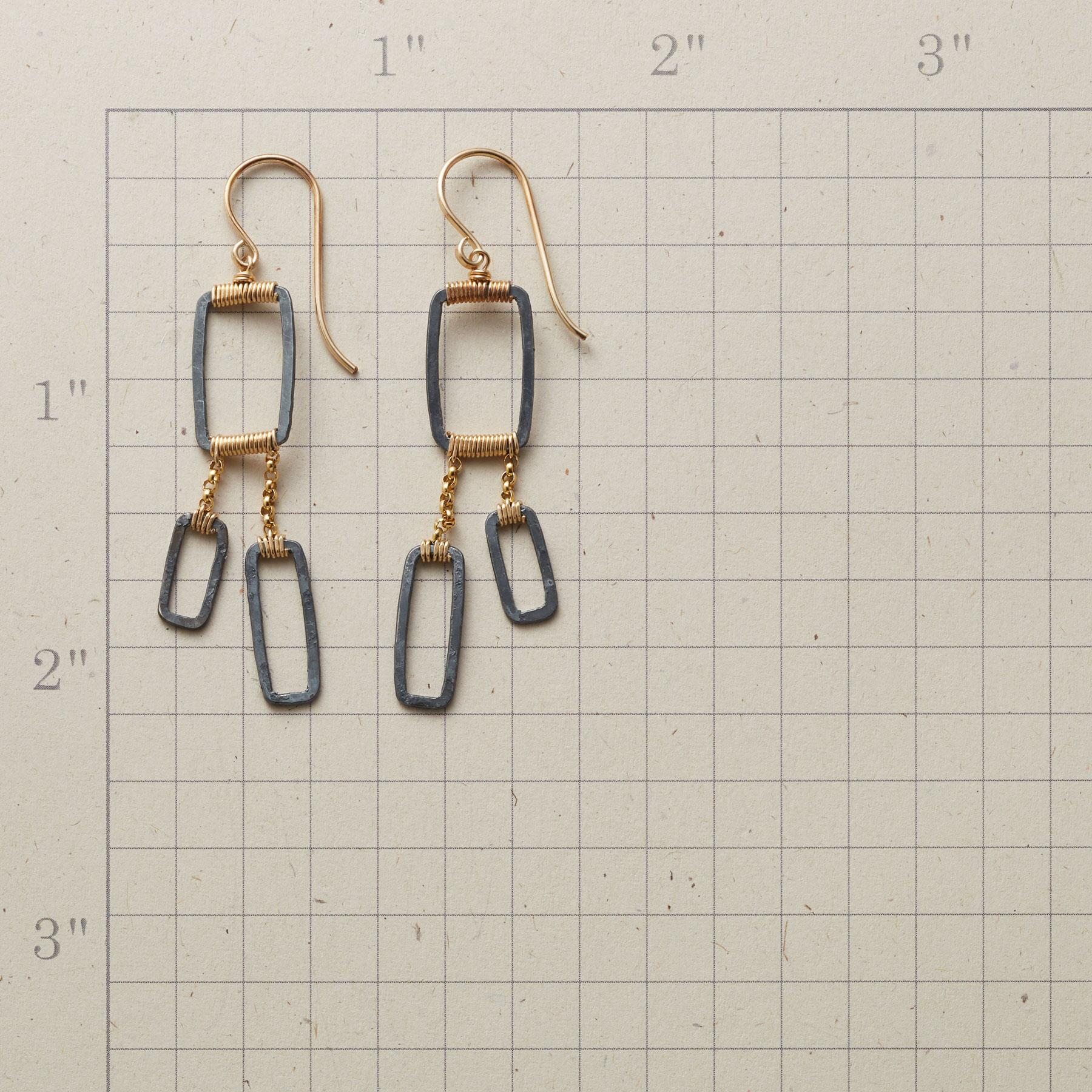GEO TRIO EARRINGS: View 2