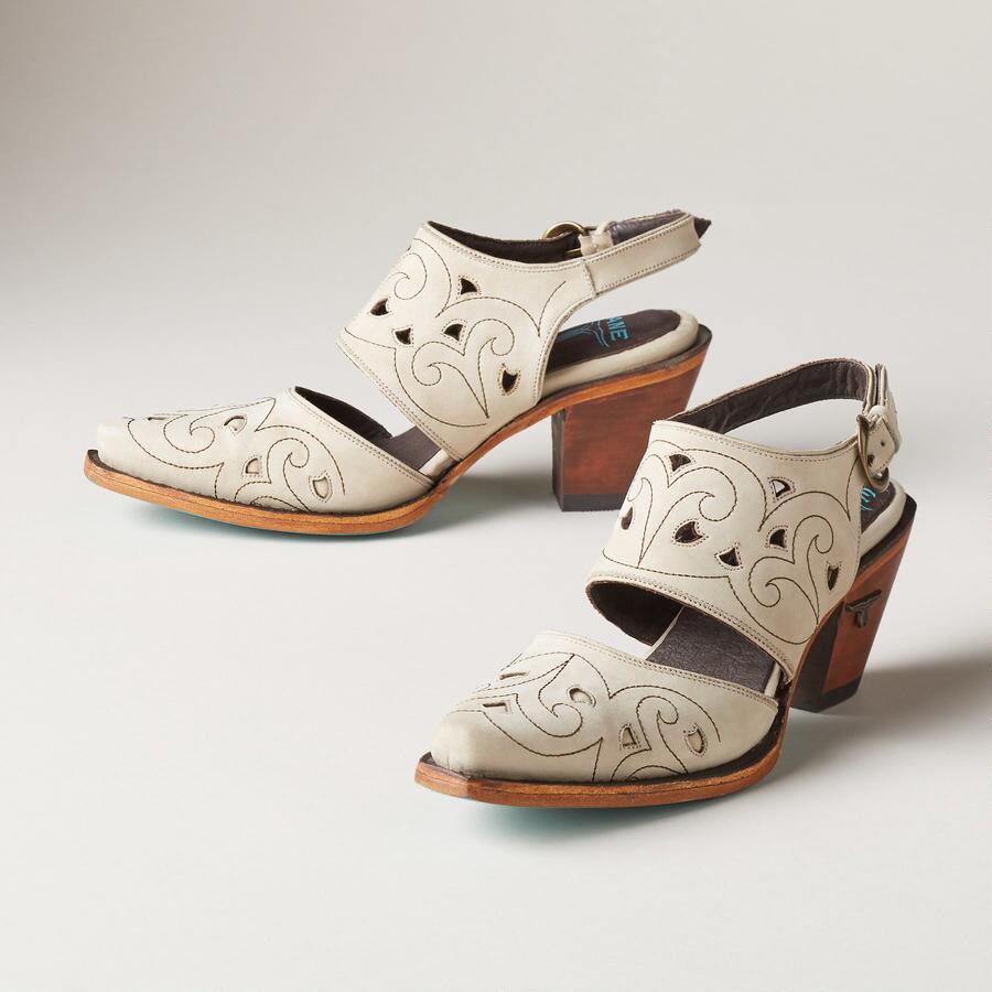 cassie shoes robert redford 39 s sundance catalog. Black Bedroom Furniture Sets. Home Design Ideas