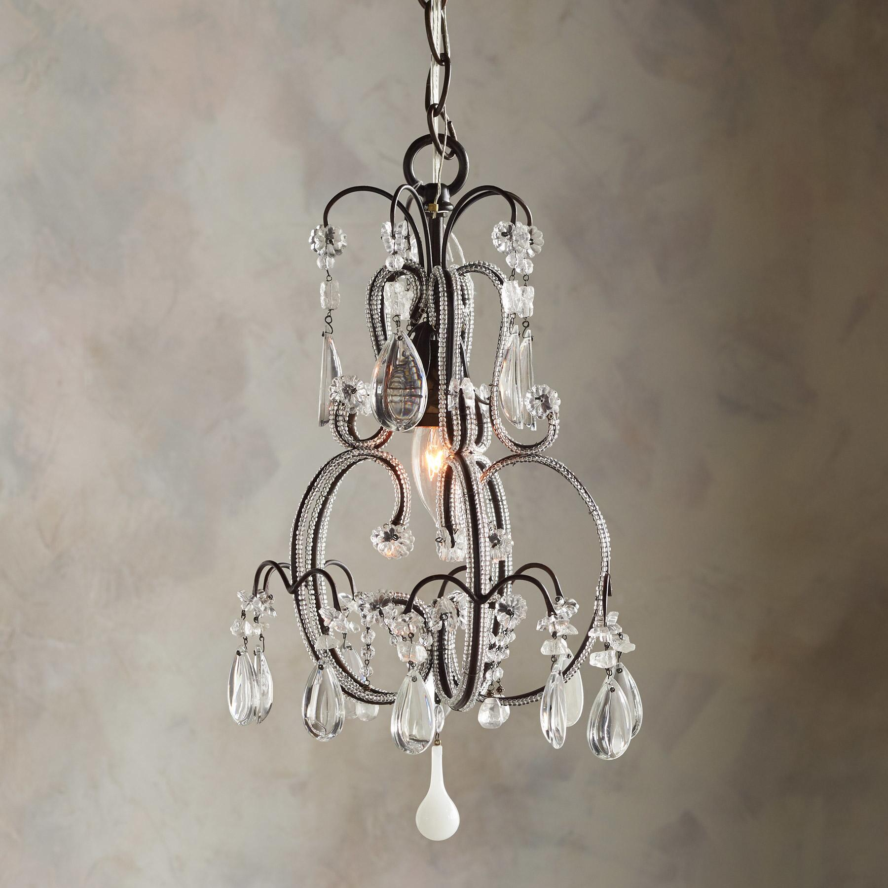 CRYSTAL SPRINGS CHANDELIER: View 1