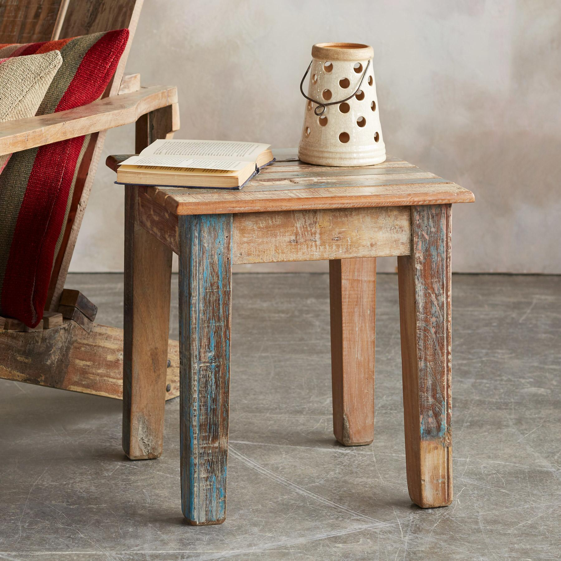RECLAIMED ADIRONDACK SIDE TABLE: View 1