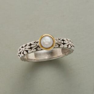GOLDEN CORONA PEARL RING