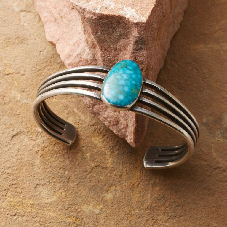 1950'S BARRED TURQUOISE CUFF