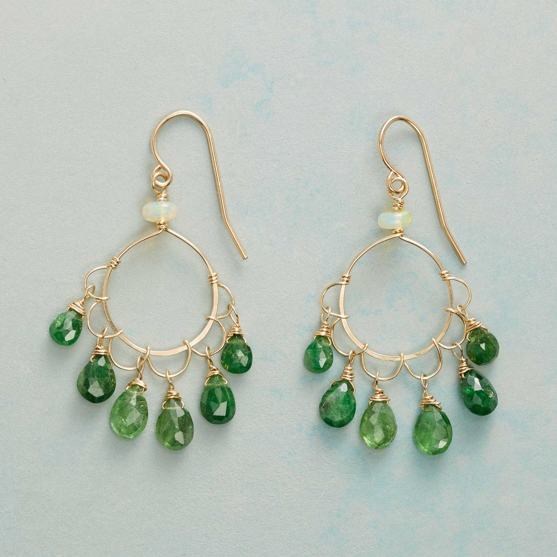 GREEN CLOVER EARRINGS: View 1