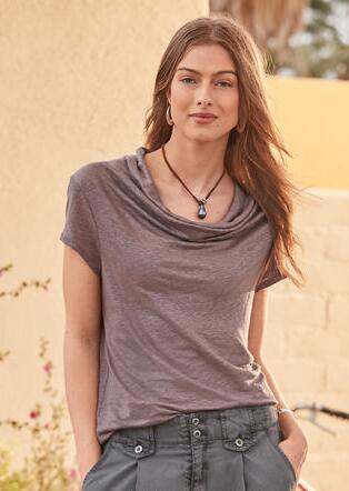 SOFT SOPHISTICATE TEE