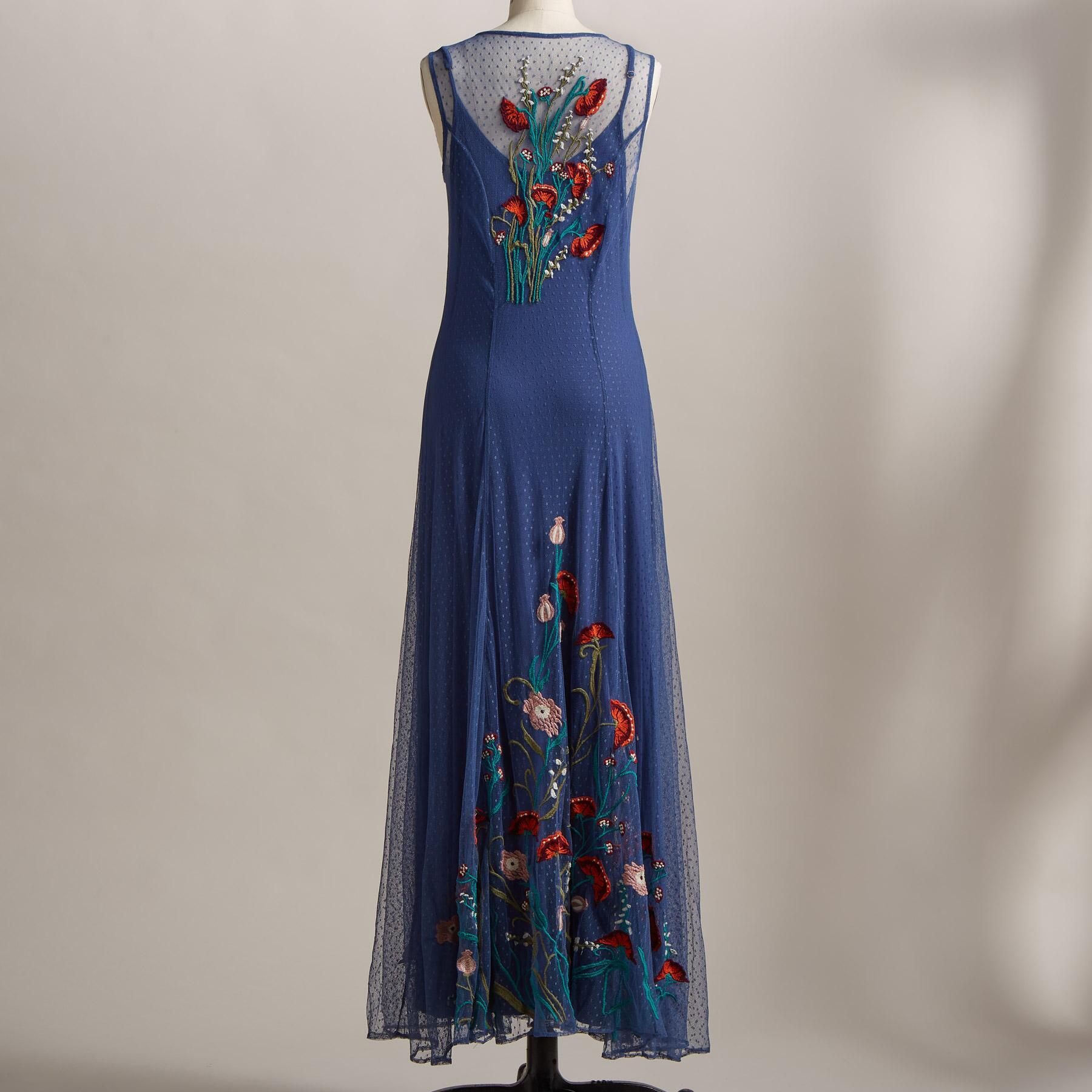 WALK IN BEAUTY DRESS: View 2