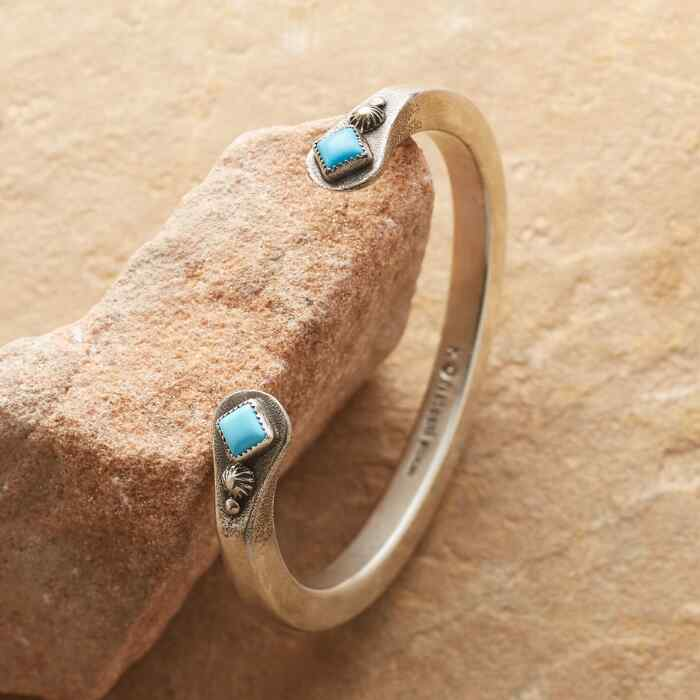 TURQUOISE EMBRACE CUFF