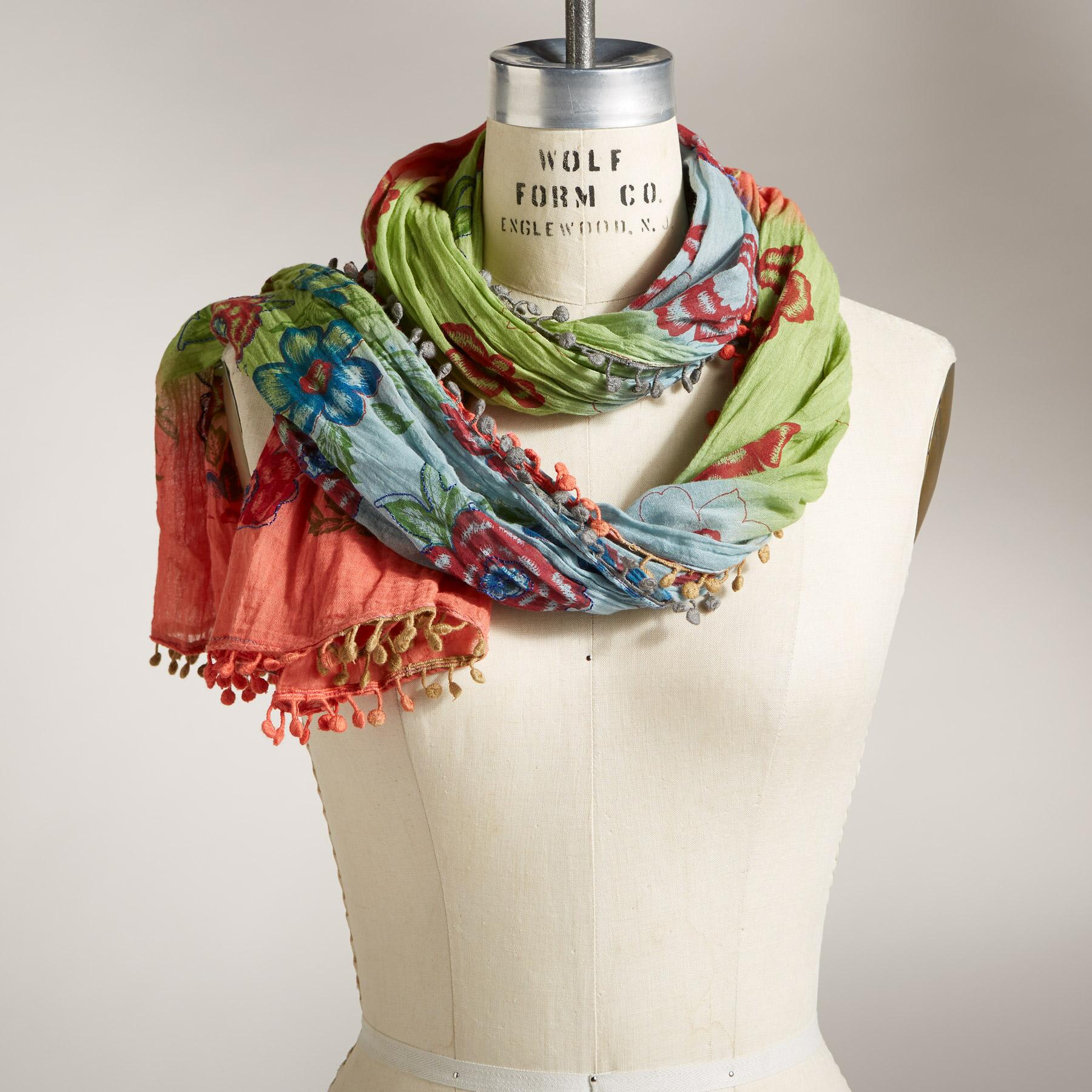 OMBRé BLOOMS SCARF: View 1