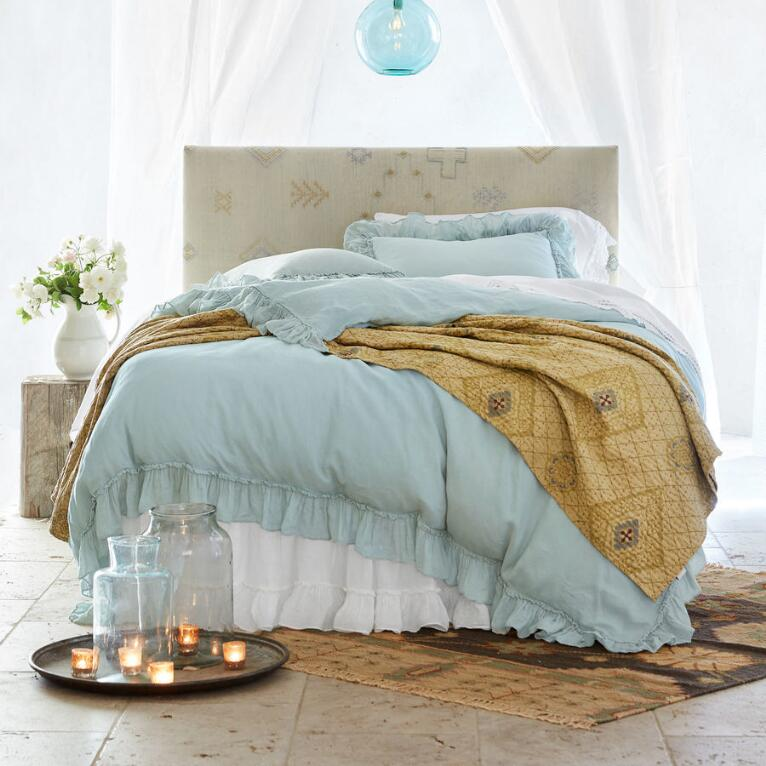 MOROCCAN BEDS