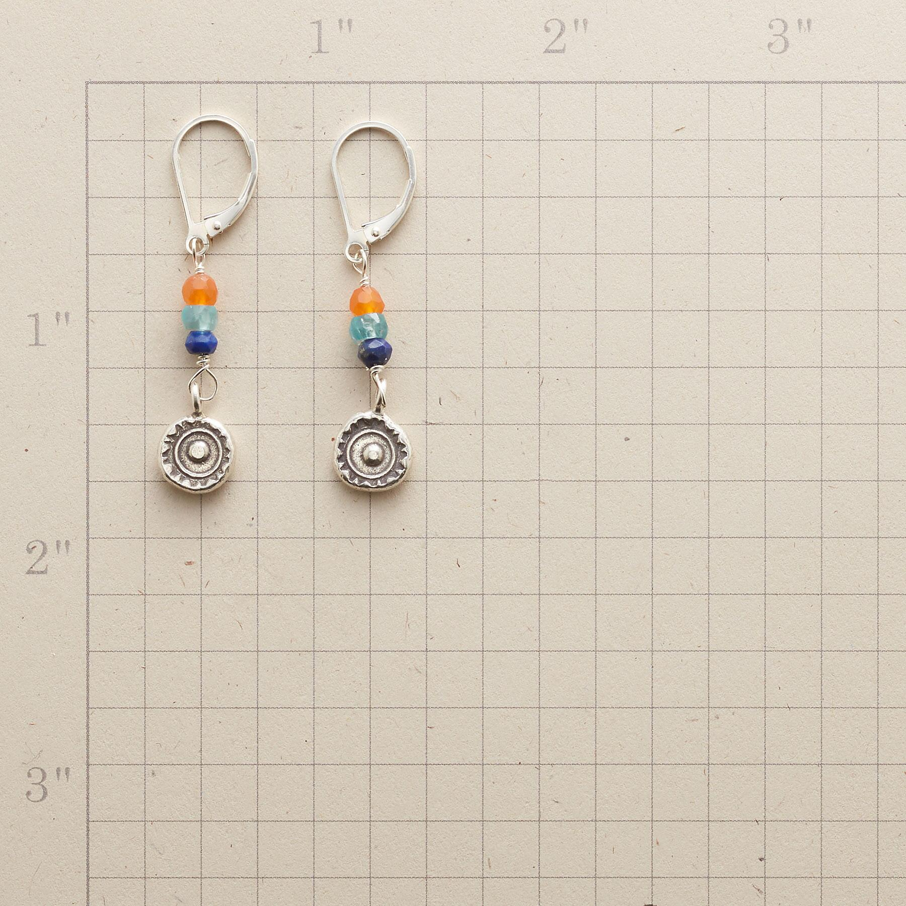 SILVER SUNDROP EARRINGS: View 2