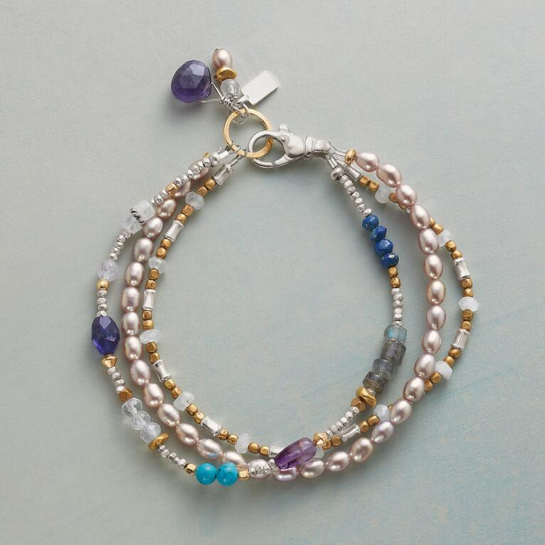 VIOLETS AND BLUES BRACELET