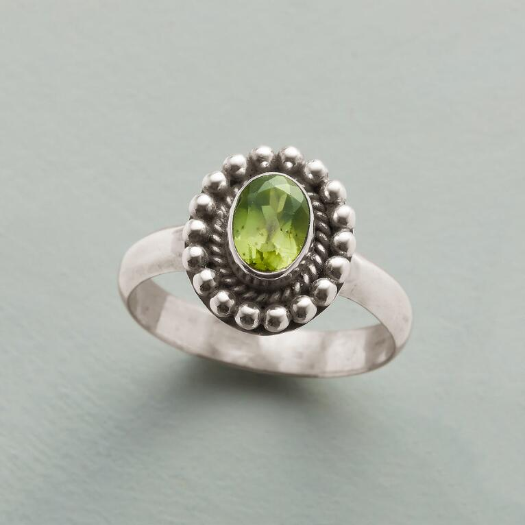 PERIDOT TART RING