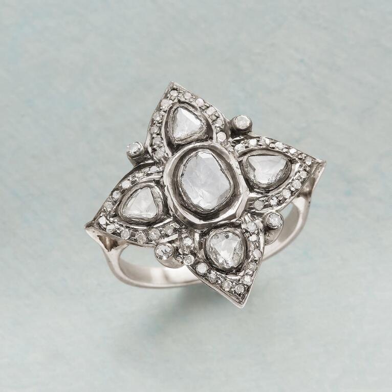 STAR OF WONDER DIAMOND RING