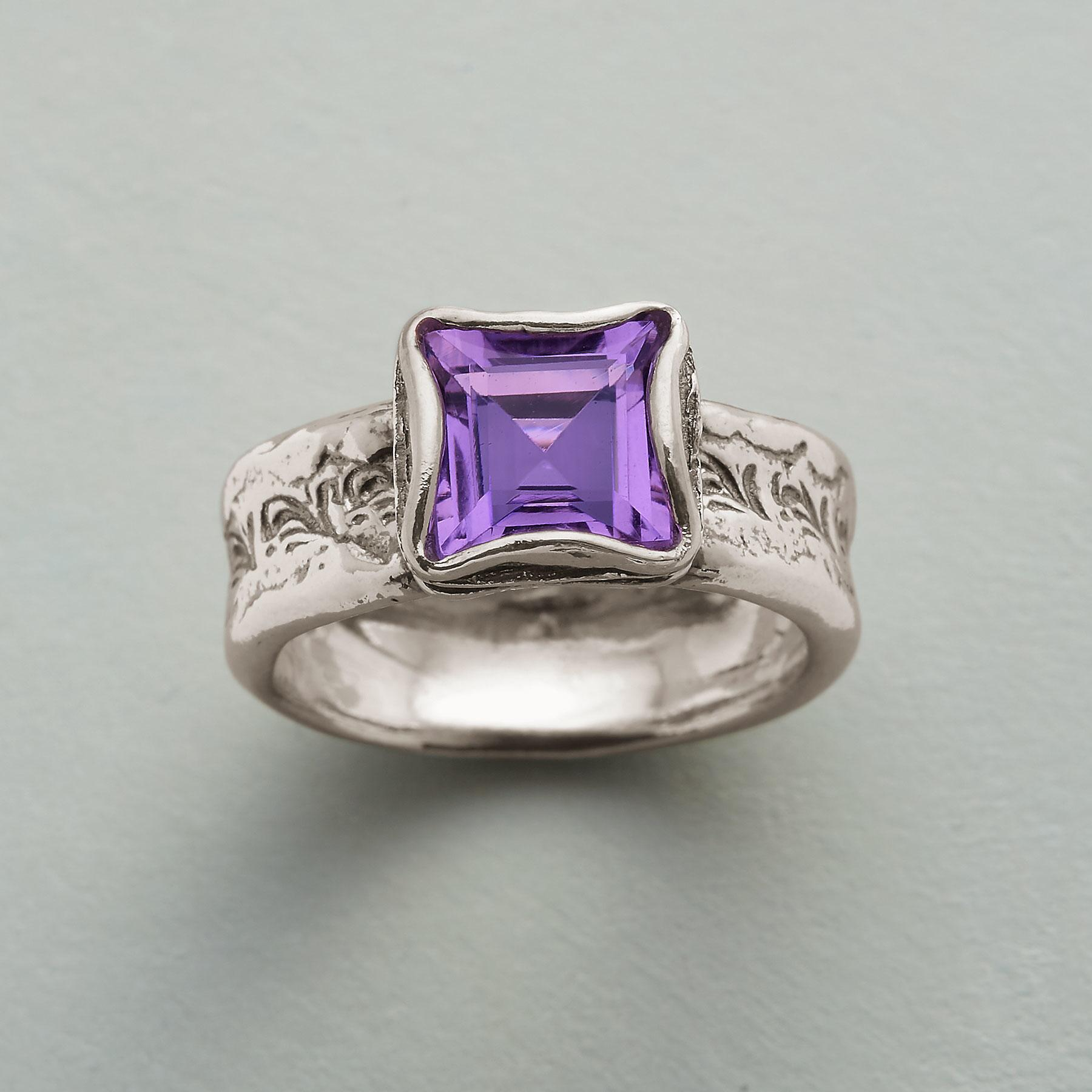 PROVENCE IN BLOOM RING: View 1