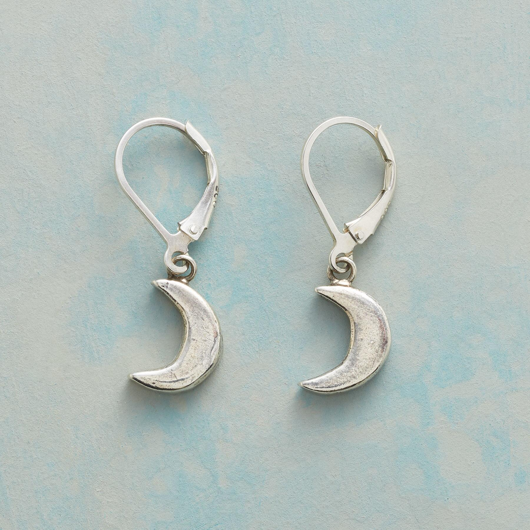 CRESCENT MOON EARRINGS: View 1