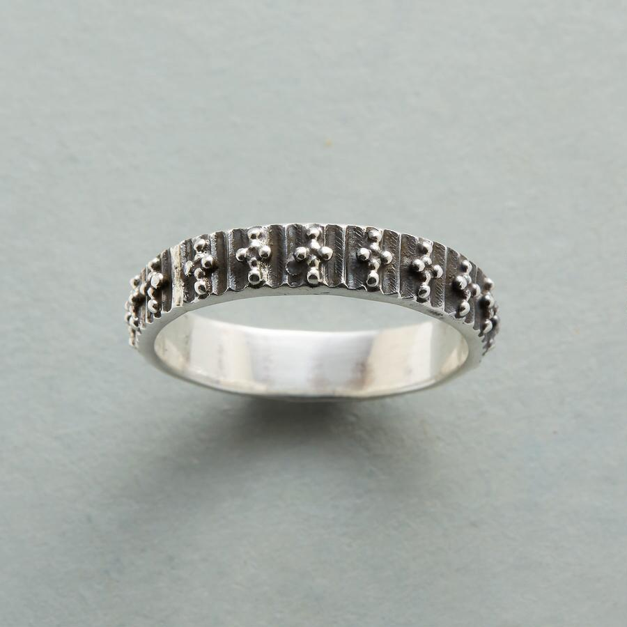 DAPPLE DOTTED RING