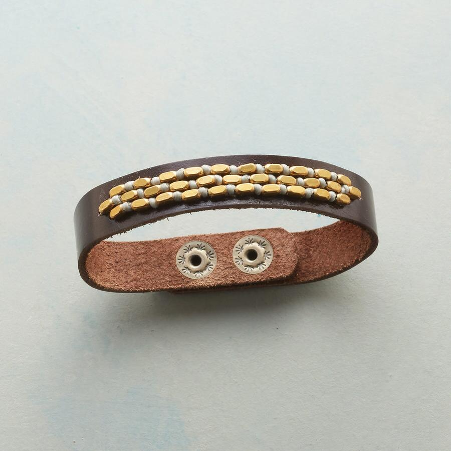 NUBBY LEATHER BRACELET