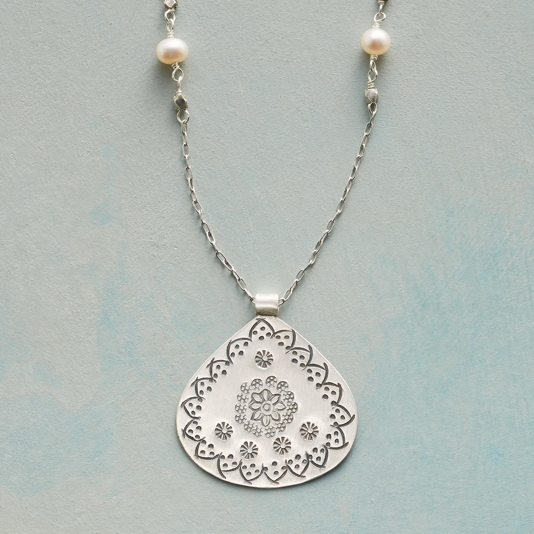 MEADOW MEDALLION NECKLACE: View 1