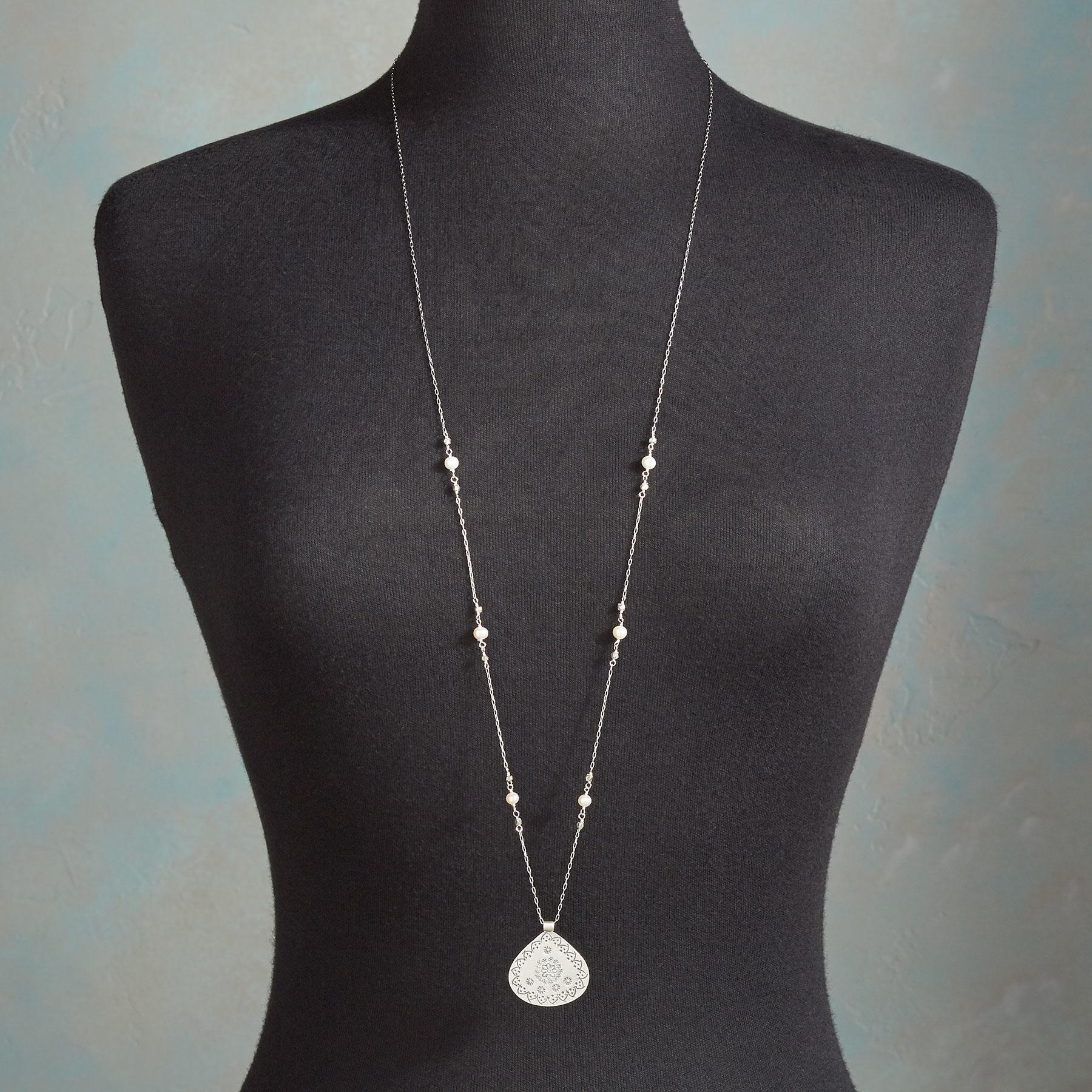 MEADOW MEDALLION NECKLACE: View 4