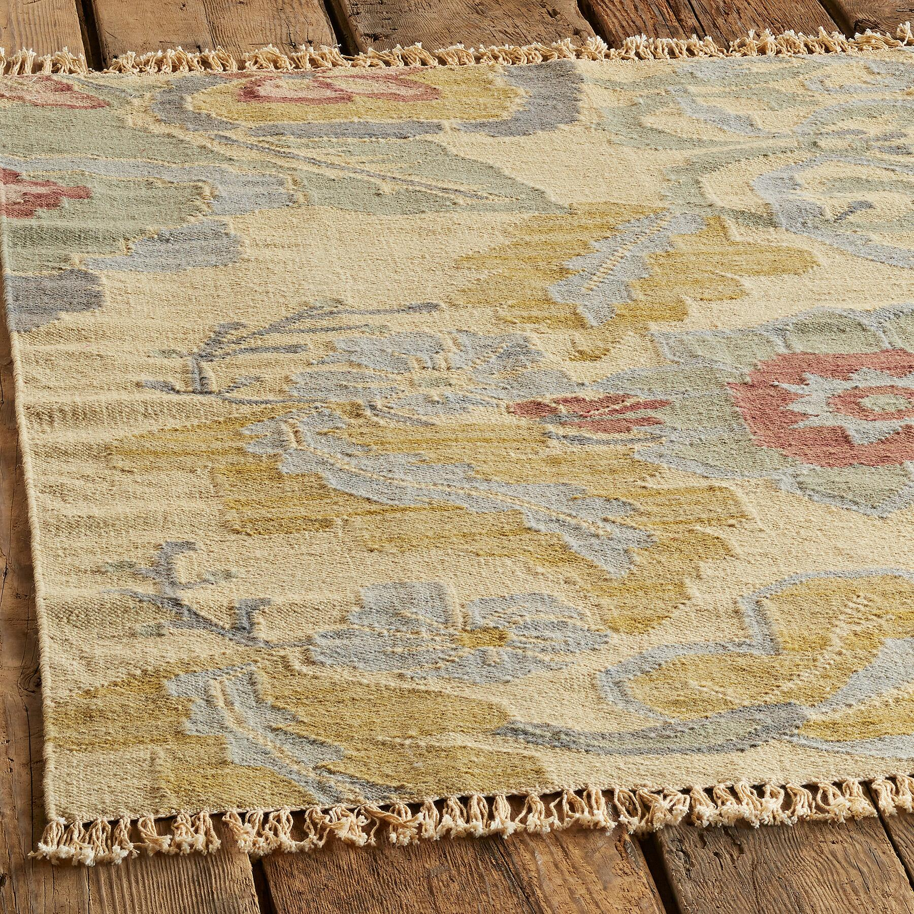 PASSION FLOWER KILIM RUG, LARGE: View 2