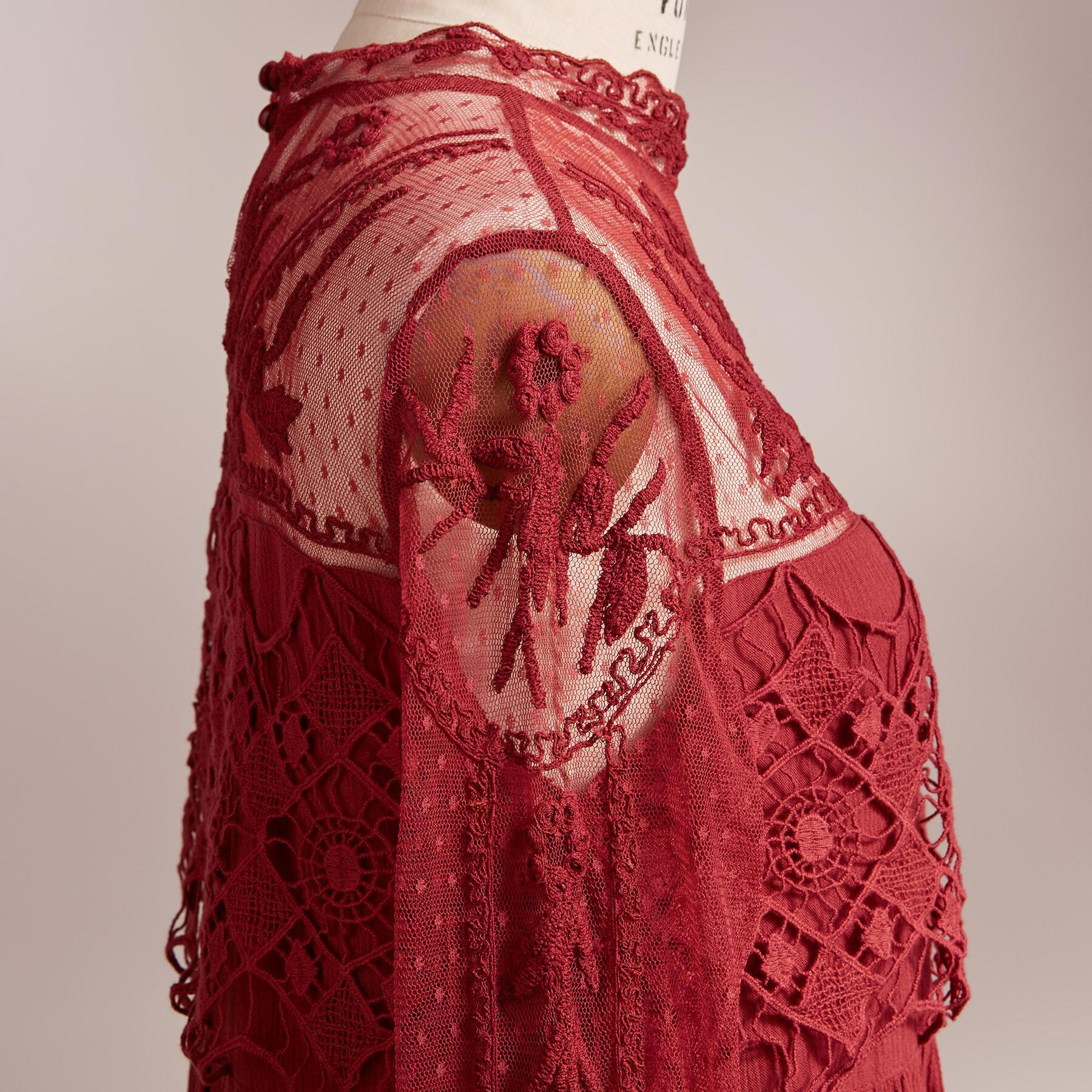 VICTORIAN ROMANCE DRESS: View 4
