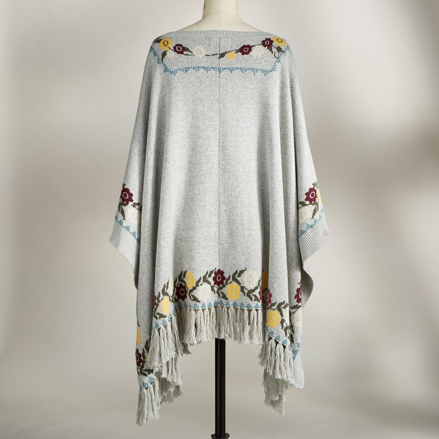 HAZY DAYS PONCHO: View 2