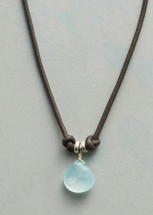 KNOTTED CHALCEDONY NECKLACE