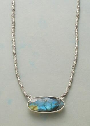 SEA VIEW NECKLACE