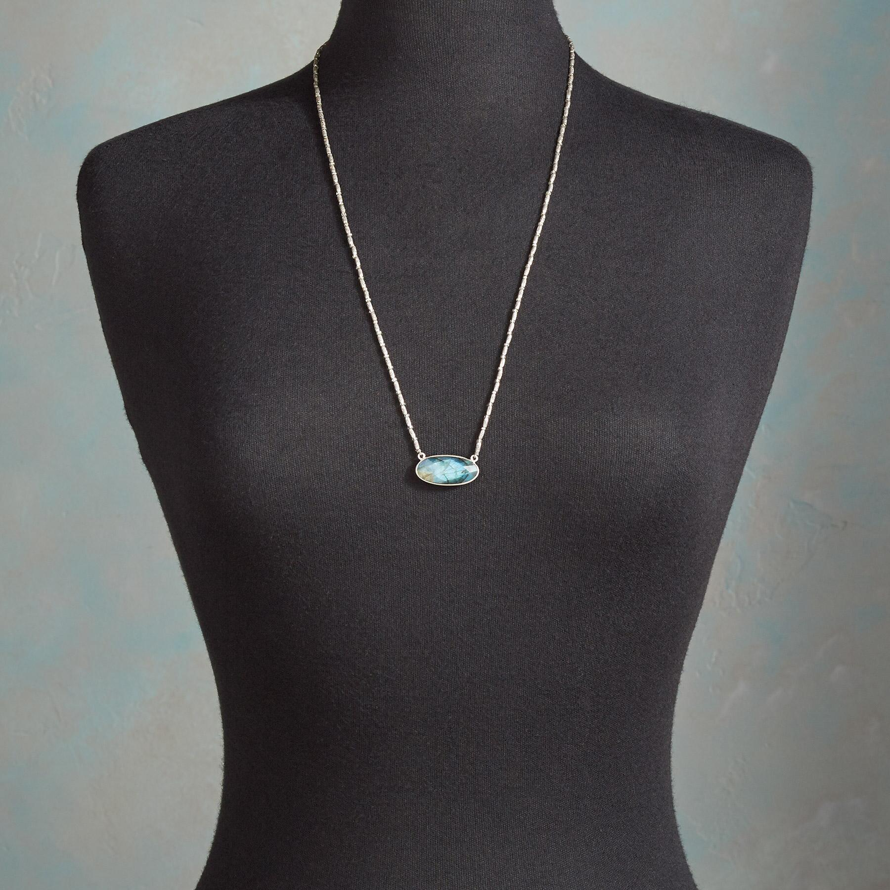 SEA VIEW NECKLACE: View 4