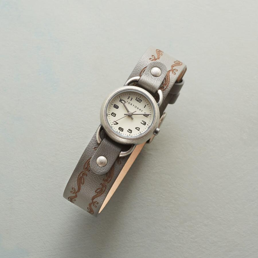 SCROLLWORK LEATHER WATCH