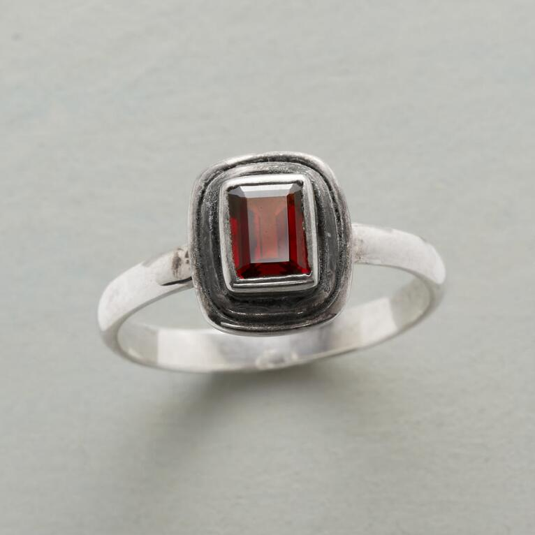 WINDOW TO THE HEART RING
