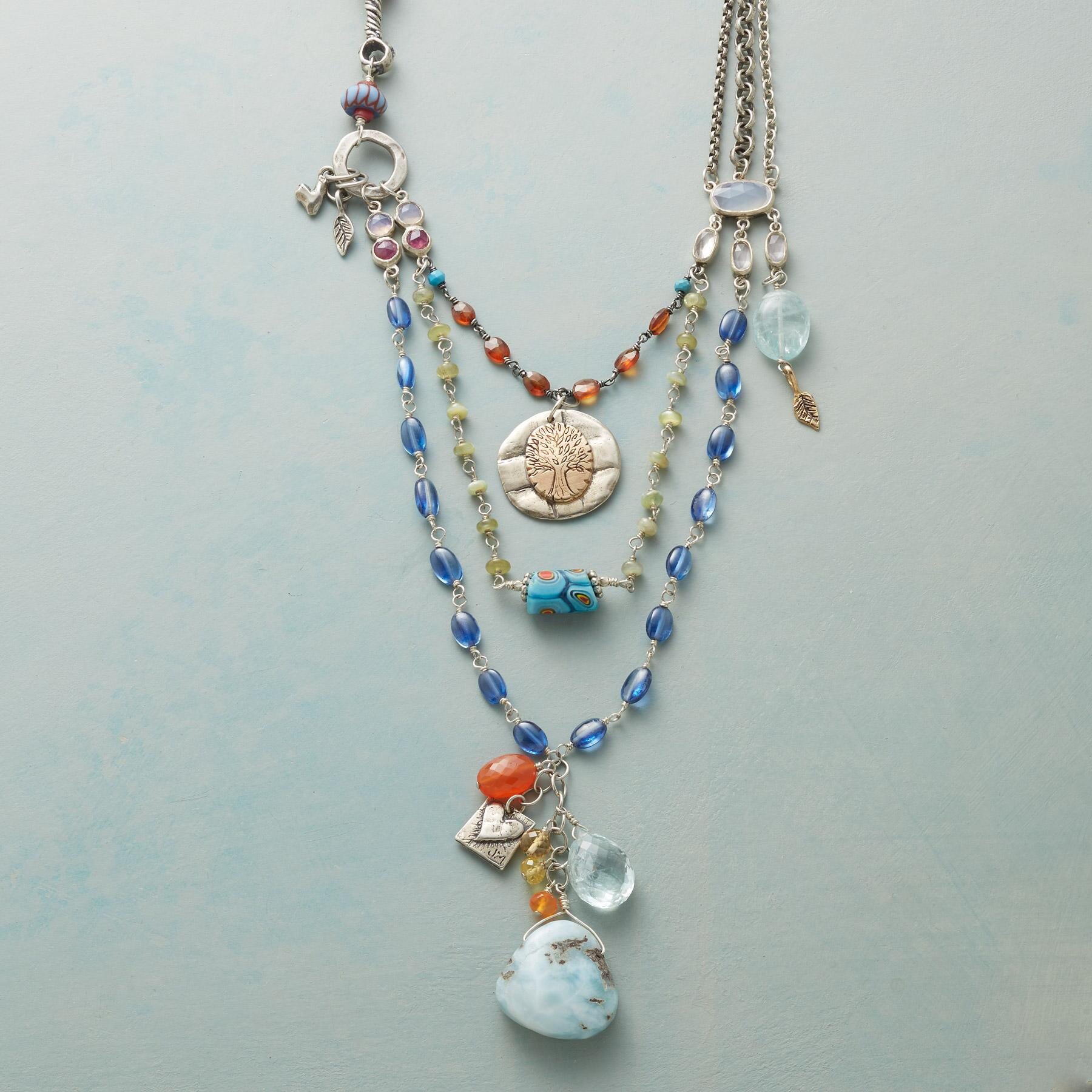 BOLD BEAUTY NECKLACE: View 1